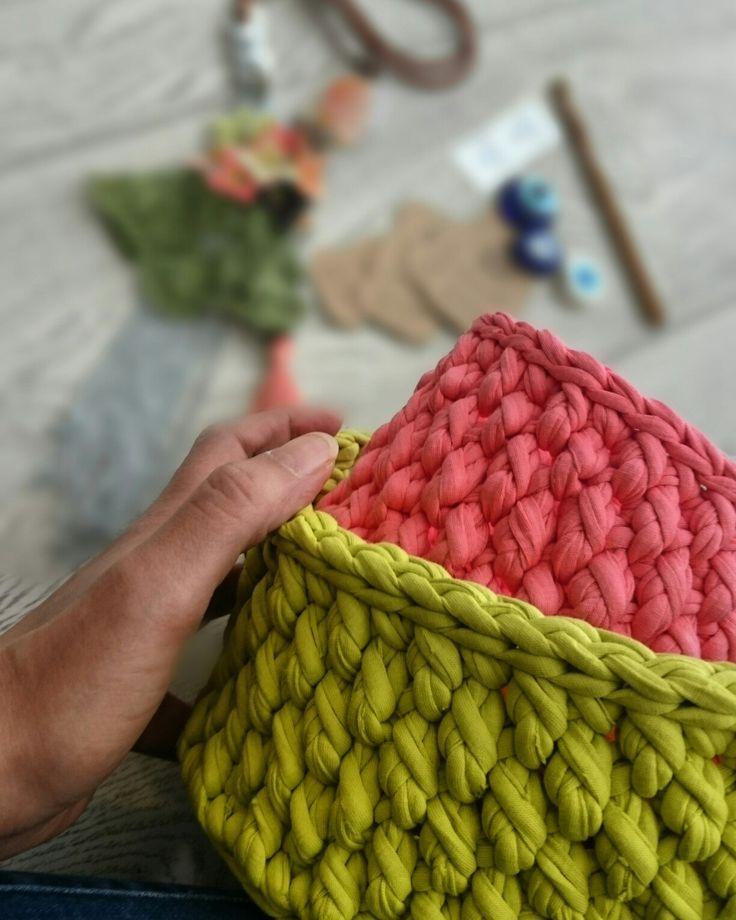https://www.instagram.com/eskicininbavulu/  #trapillo #crochet #basket