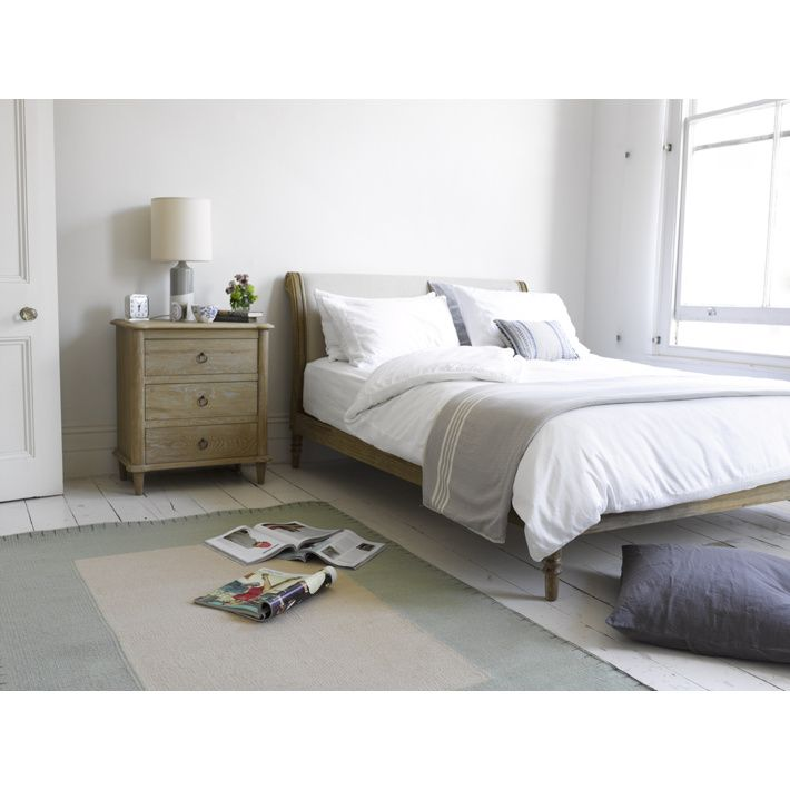 Loaf darcy bed.