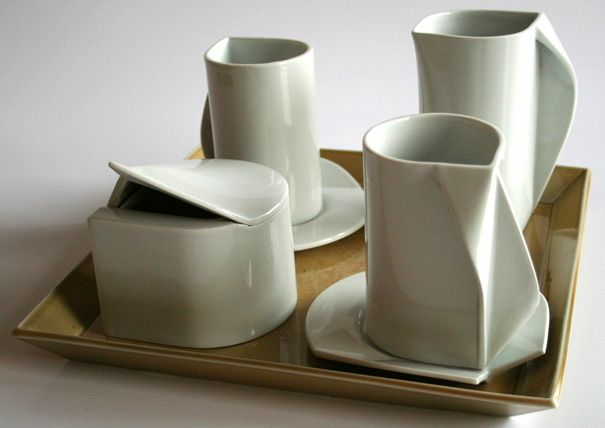 Coffee set with swoops.: Ceramics Design, White Coffee, Klaudia Miczán, Ceramic Teaset, Ceramics Faience Cie, Coffee Set, Coffee Service