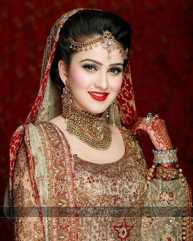 309 best Beautiful Brides• images on Pinterest | Wedding bride ...
