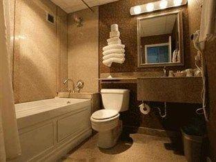 Old cavalier hotel virginia beach photos | Cavalier Hotel on the Oceanfront Virginia Beach (VA) - Bathroom