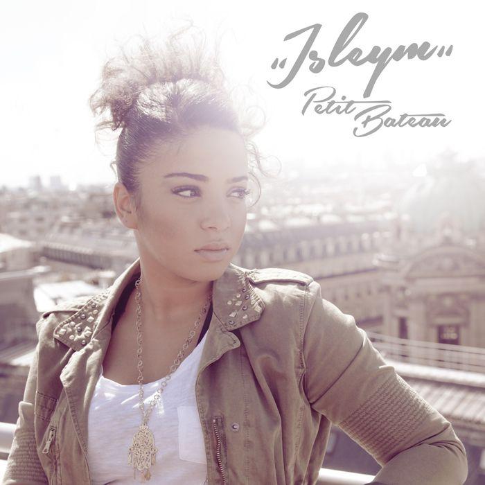Découvrezle nouveau clip « Petit Bateau » d'Isleym.Ce titre est le second extrait de son 1er album « Où ça nous mène », qui sortira début 2014 et qui comportera 3 feats surprises....