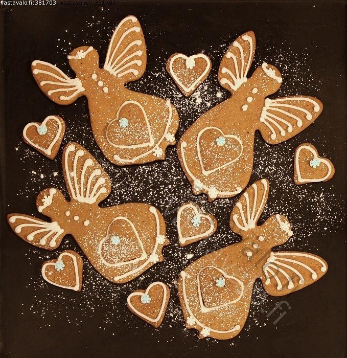 Gingerbread angels