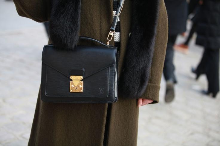Street looks à la Fashion Week homme automne-hiver 2013-2014 de Paris - Jour 2 http://www.vogue.fr/vogue-hommes/mode/diaporama/street-looks-a-la-fashion-week-homme-automne-hiver-2013-2014-de-paris-jour-2/11388/image/670949#3