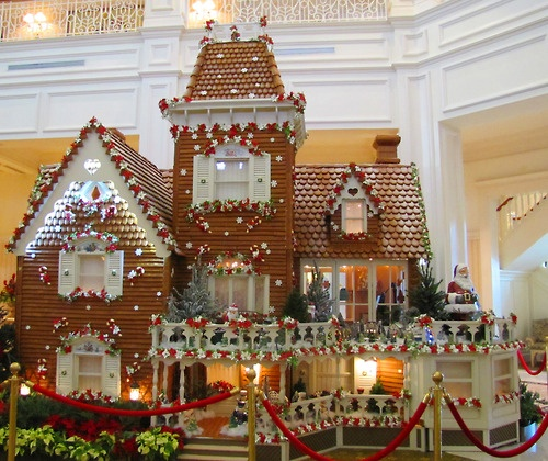 This is amazing. I've been here. Gingerbread house at Grand Floridian--made of actual gingerbread, and they sell gingerbread shingles and small or large gingerbread houses