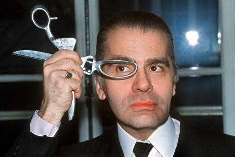 Chanel runway 1990 | Karl Lagerfeld was born in Hamburg (Germany) in September 1933 (he ...