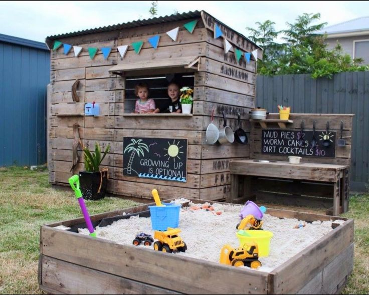 If you live in an area where orchards are growing try this apple-bin-cubby and sandpit. They are cheap and recycled! Would look great inyourbackyard