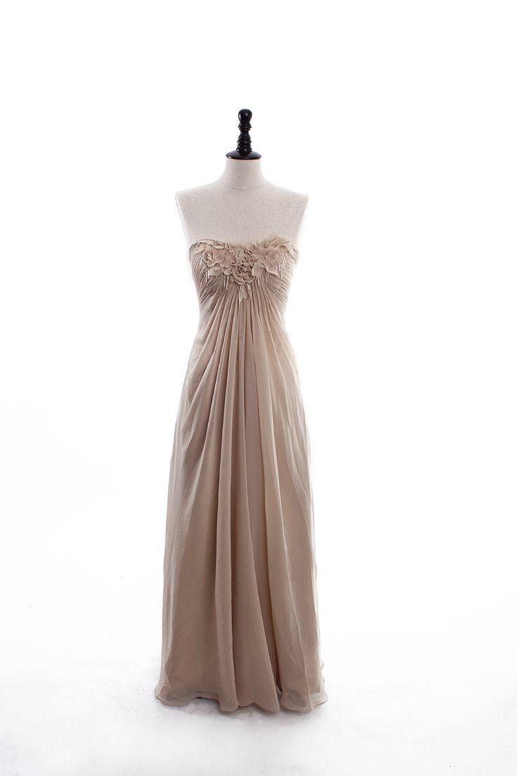 Fashionable Strapless Natural waist Chiffon wedding dress