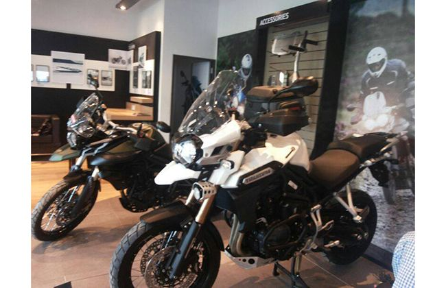 Triumph Motorcycle India opens Dealership in Mumbai; Bikes, Prices