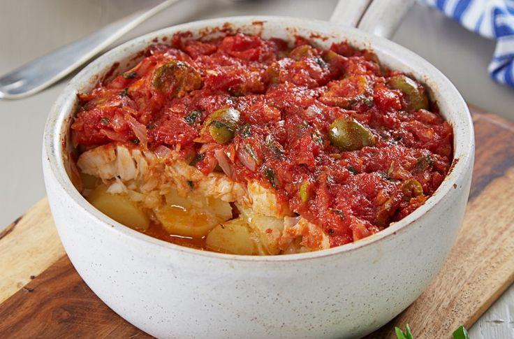 Ovnsbakt torsk med tomat og basilikum
