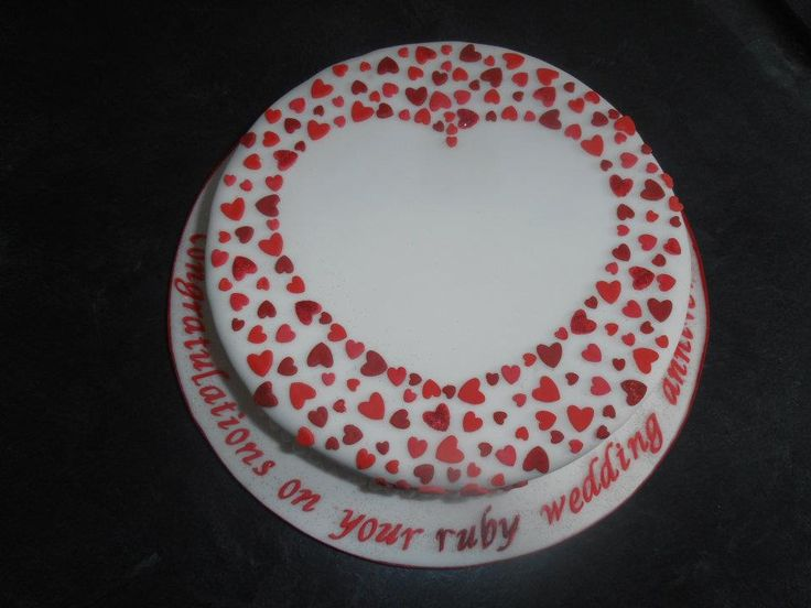 Awww simple but effective. Ruby Wedding Anniversary Cake