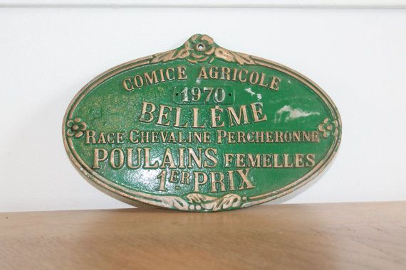 Vintage Ranch Sign, Award Plaque, Award Medal, Gift for Horse Lover, Award, Horse Art, Horse Wall Decor, French Memorabilia, Trophy  This authentic vintage agricultural prize plaque will certainly be the perfect addition to your French Farmhouse decor.  This plaque was a real prize for the participation in a horse competition at a local agricultural show in the town of Bellême and dates to 1970, it was recuperated from a renovation site of an old farm.  Oval shaped with golden embossed…