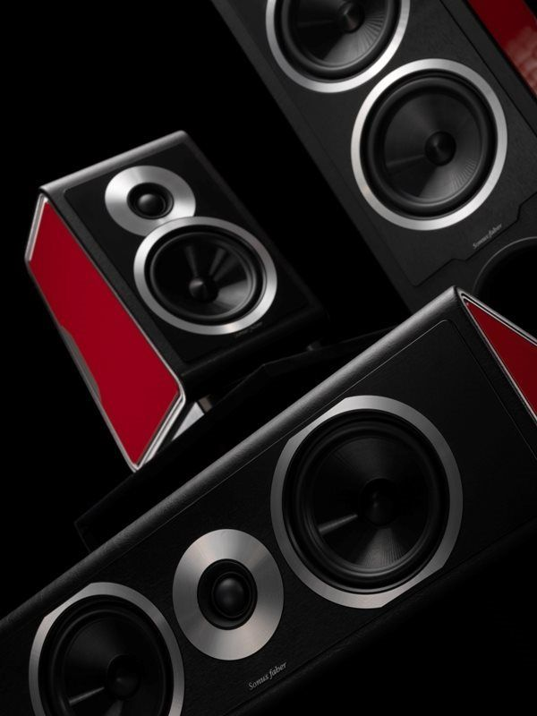 Discover the new #Sonusfaber #Chameleon: for all the #design and #music lovers who often change their #mood! Find more info on www.sonusfaber.com
