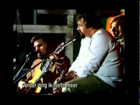 Cornelis Vreeswijk zingt Bellman's epistel 52 (ned. ondertiteld)
