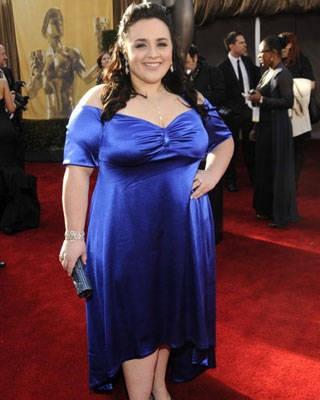 Nikki Blonsky .... that blue silky High-Low dress ♥