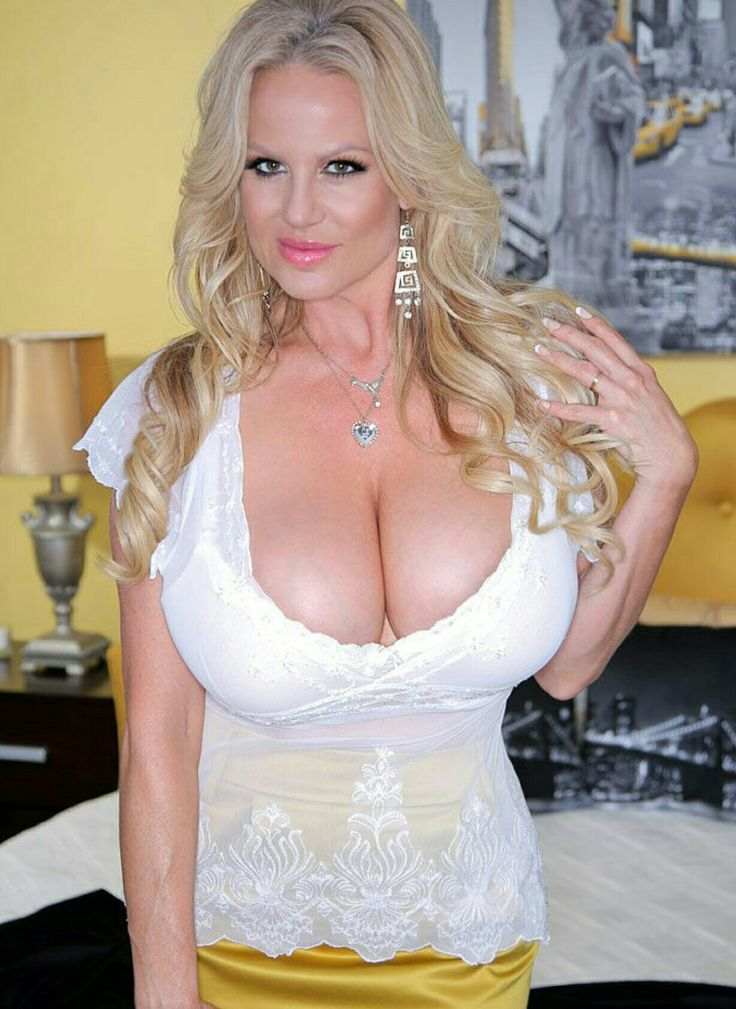 who is kelly madison