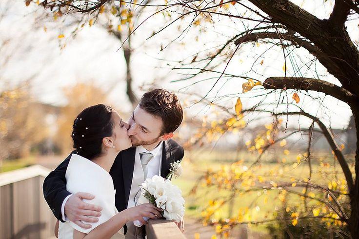 Matrimonio autunnale / invernale con tulipani bianchi, ritratto al parco degli acquedotti | Autumn / Winter wedding with white tulips, a portrait at Parco degli Acquedotti in Rome