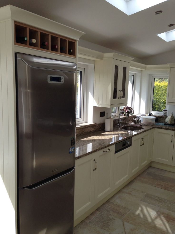 Painted Ivory Contemporary Kitchen by Newhaven Kitchens, Carlow