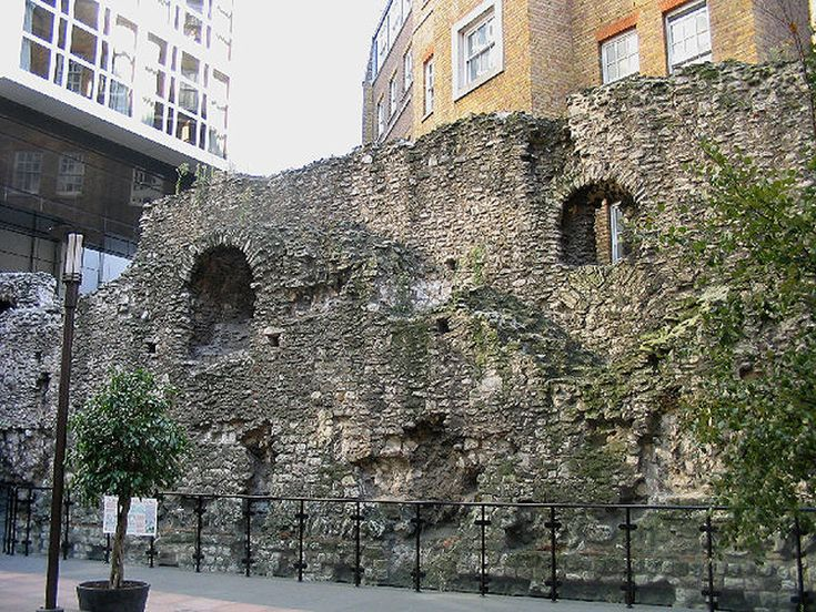 London Wall at Cooper's Row. See more of Londinium at www.RomeAcrossEurope.com