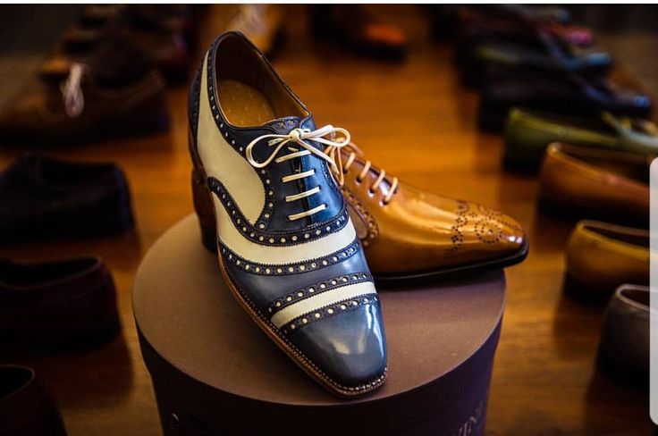 This Gatsby-Gladiator will be the talk of the night in any Midtown gathering. Bespoke shoes by our Barcelona based shoe maker @Normanvilalta … photo credit Andy @abarnham . Never miss a pair of Vass using tags: #Spanishshoesmaker #AscotShoes...