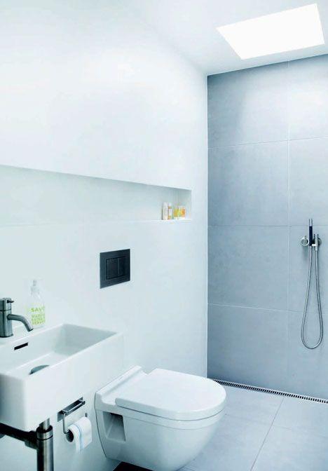 http://www.boligliv.dk/indretning/indretning/moderne-50er-hus-rene-linjer-og-masser-af-sjal/