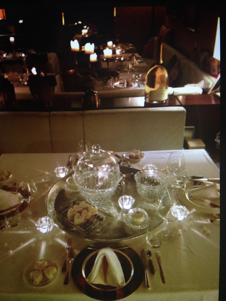 Belle parti restaurant only candle light
