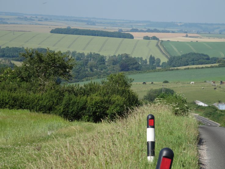 Don't be fooled. You may think of England's hills as 'green and pleasant' – and they are – but they are also incredibly, and often quite suddenly, steep. They seem even steeper when you're toiling up them on a touring bike loaded down with far-too-heavy panniers. Click on photo to learn more...