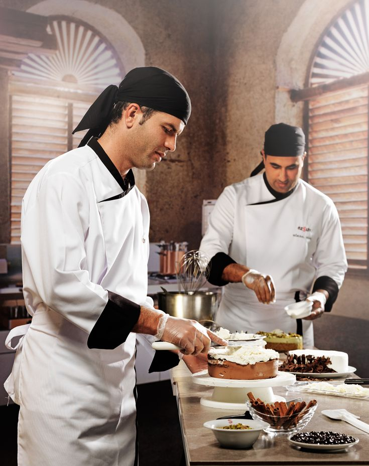 Best  Chef Uniforms Ideas On   Uniformes Chef