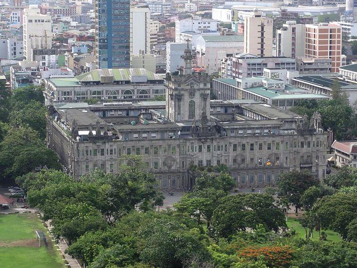 University of Santo Tomas in Manila.