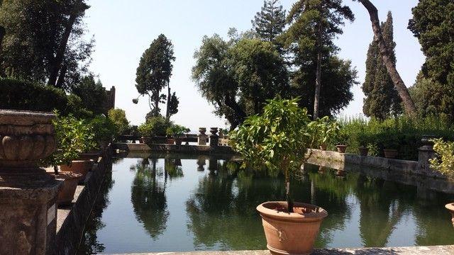 Oltre 10 fantastiche idee su arte per giardini su pinterest giardino upcycled arte da - Bagni di tivoli roma ...