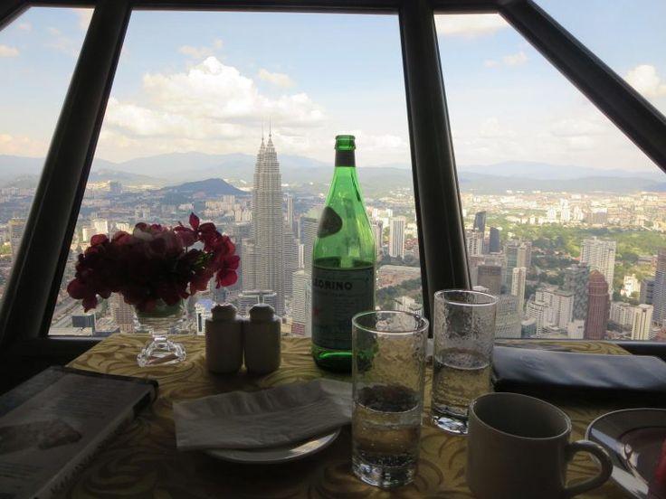 Menara KL- 360° Blick über die Stadt Atmosphere 360°, Kuala Lumpur, Malaysia