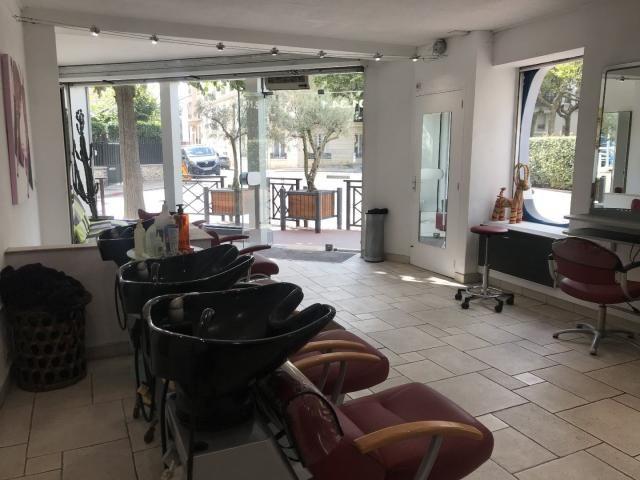 21+ Salon de coiffure pontoise le dernier