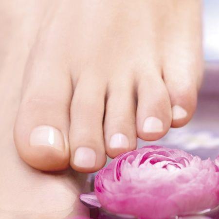 Receitas caseiras para tratar calosidades e rachaduras dos pés - DNA Feminino