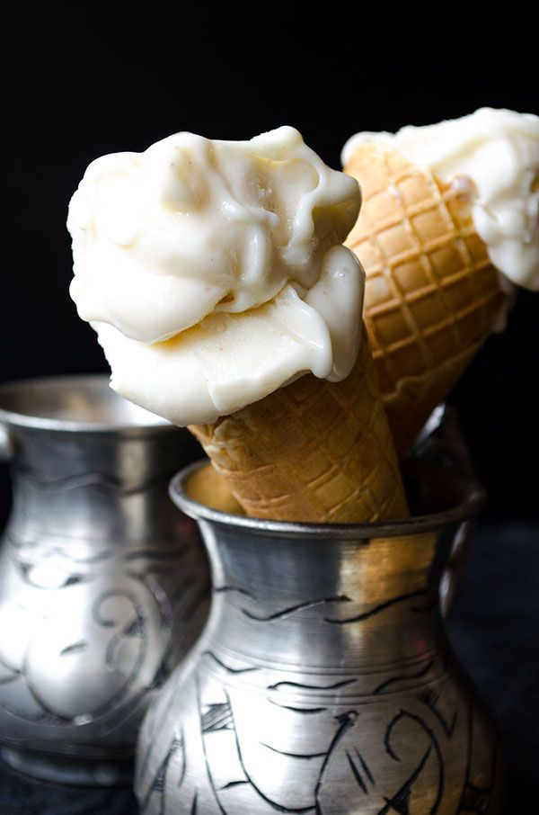 Elastic Turkish Ice Cream. It has a chewy and elastic texture and an aromatic flavor. Definitely addictive! No ice cream maker is required in this recipe! | giverecipe.com | #turkish #icecream #dessert #salep