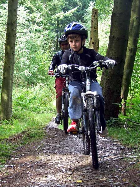 Enjoy family friendly Mountain Bike and Cycle trails in North Cornwall or join The Cornish Way outside the door of your luxury Cornwall cottage in Trelash