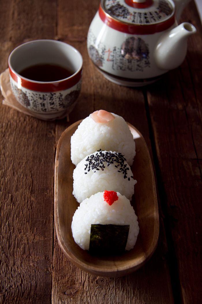 Assortiment d'onigiri