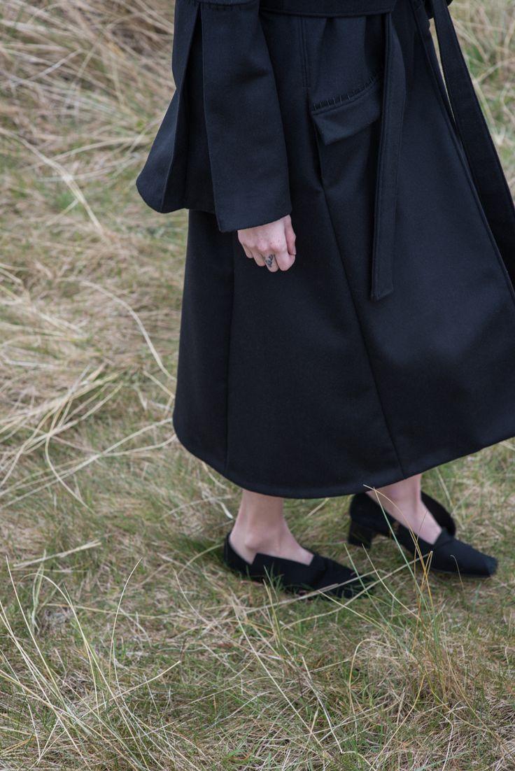 Cashmere blend winter coat  #cashmere #wintercoat #fashion #lookbook #blackshoes