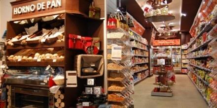 TIENDA DE ALIMENTACIÓN 24H SUPERTODO, en Sevilla.   Un Proyecto muy completo, con mobiliario Gibam y una selección de equipamiento fabricado a medida por carpintería.