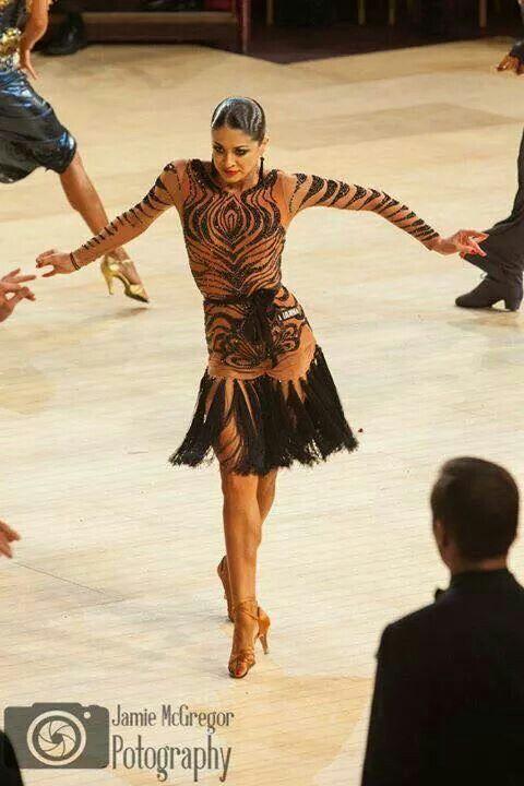 Interesting dress. I like it #ballroomdance #dancesport