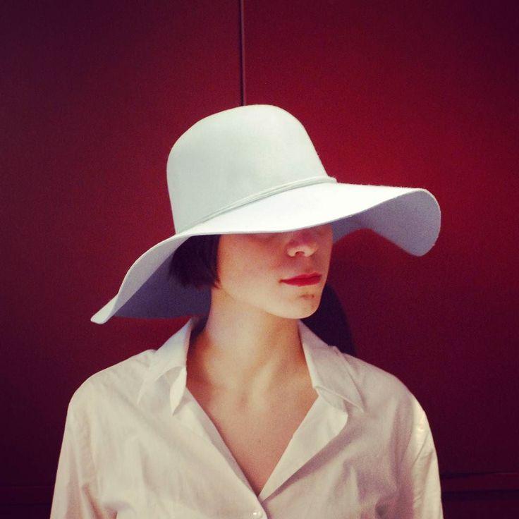 Morbida cloche in feltro di leprecazzurro chiarissimo! #livorno #hat #style #fashion #womenfashion #wedding #bride #moda #ragazza #tuscany #style #concorsodeleganza #modella #modelle #model #igers #igersoftheday #portrait #love #instalike #instamood #toscana #madeinitaly #arte #artigianato #artigian #cappello