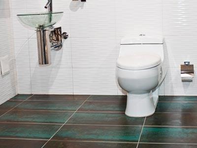 51 best bathroom images on pinterest bathroom half for The best paint to use on vinyl floors