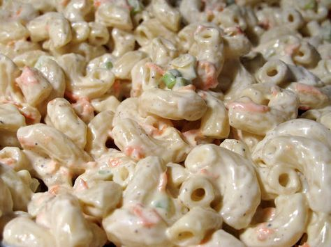 I Believe I Can Fry: Hawaiian Macaroni Salad {This was the yummiest macaroni salad. I think it was the vinegar technique of mixing it into the hot macaroni that makes it stand out above other recipes. I followed the directions exactly....and will be making it again, and often!}