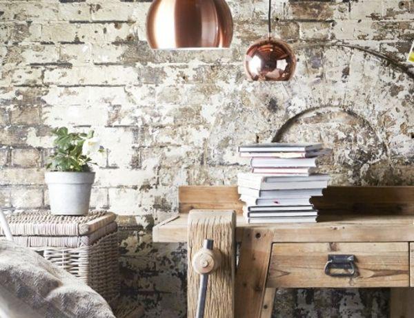 Koperen hanglamp met mat en glans in een natuurlijk lichte kamer - Copper pendant lights with mat and gloss in a naturally lit room #natural #copperpendantlight #beauty #natuurlijk #mooi #koperenhanglamp