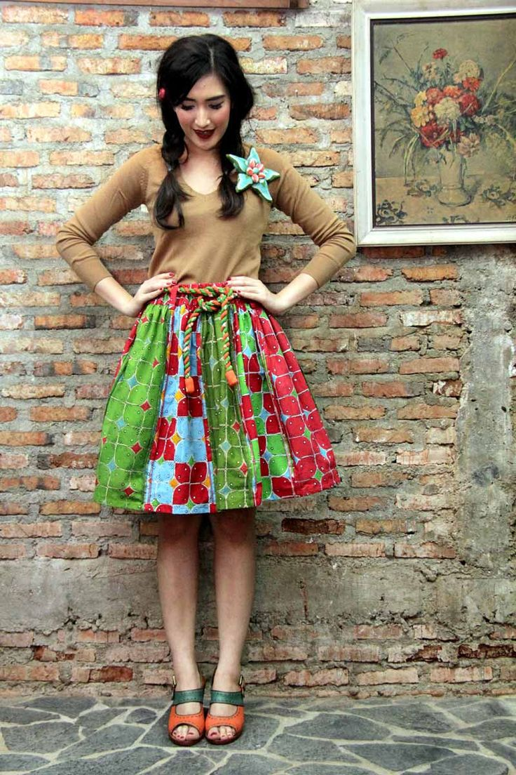 Batik Amarillis's Rainbow Crackers skirt  it's stunning patchworking batik skirt with raw and rustic details such as back stiches stand out as edgy decorative style ,it's 90ies inspired where the neo Bohemian, grunge music,dark lipstick, original super models were at their glory ,it's 90ies inspired where the neo Bohemian, grunge music,dark lipstick, original super models were at their glory batikpatchwork#patchwork#batikindonesia#fashioneditorial#patchworkskirt