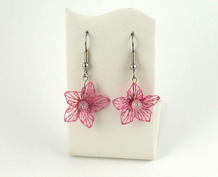 Earrings, , jewelery wire, tatting jewelry, by Spitzenmanufaktur on Etsy https://www.etsy.com/listing/250913000/earrings-jewelery-wire-tatting-jewelry