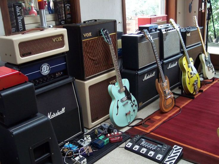 25 Best Ideas About Guitar Room On Pinterest Guitar