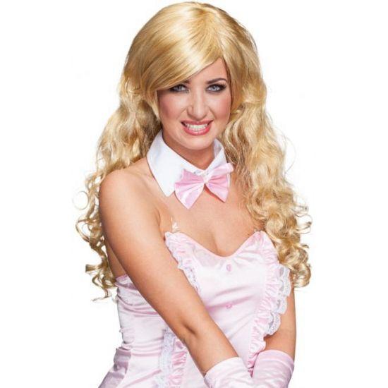 Lang blond krullende pruik  Pruik blond lang krullend haar. Pruik met lang blond krullend haar ideaal voor bij u bunny of zeemeerminnenoutfit maar ook te gebruiken voor al u andere verkleedsets.  EUR 34.95  Meer informatie