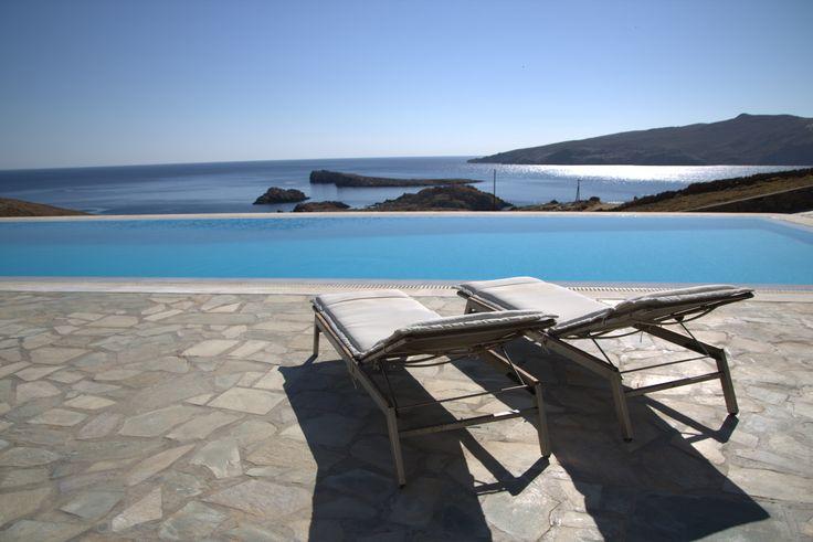 Villa Agios Sostis  http://villasinmykonos.net/mykonos-villa-agios-sostis.asp
