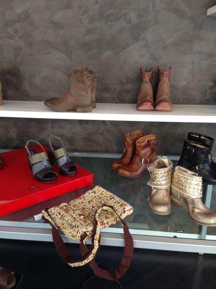 knitta! at Civico 4 Shop in Monza