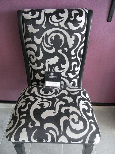 Silla Vintage.  Muebles Vintage de Ciro Ferlotti.    LA MAMBA NEGRA  CONTACTO:  977 65 23 48 - 660 051 068  lamambanegraltafulla@gmail.com  C/ Marqués de Tamarit, 3C  43893 - Altafulla - Tarragona - España
